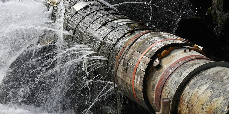 3 DIY Methods to Fix Water Leaks